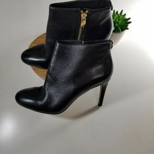 Michael kors size 9 leather booties
